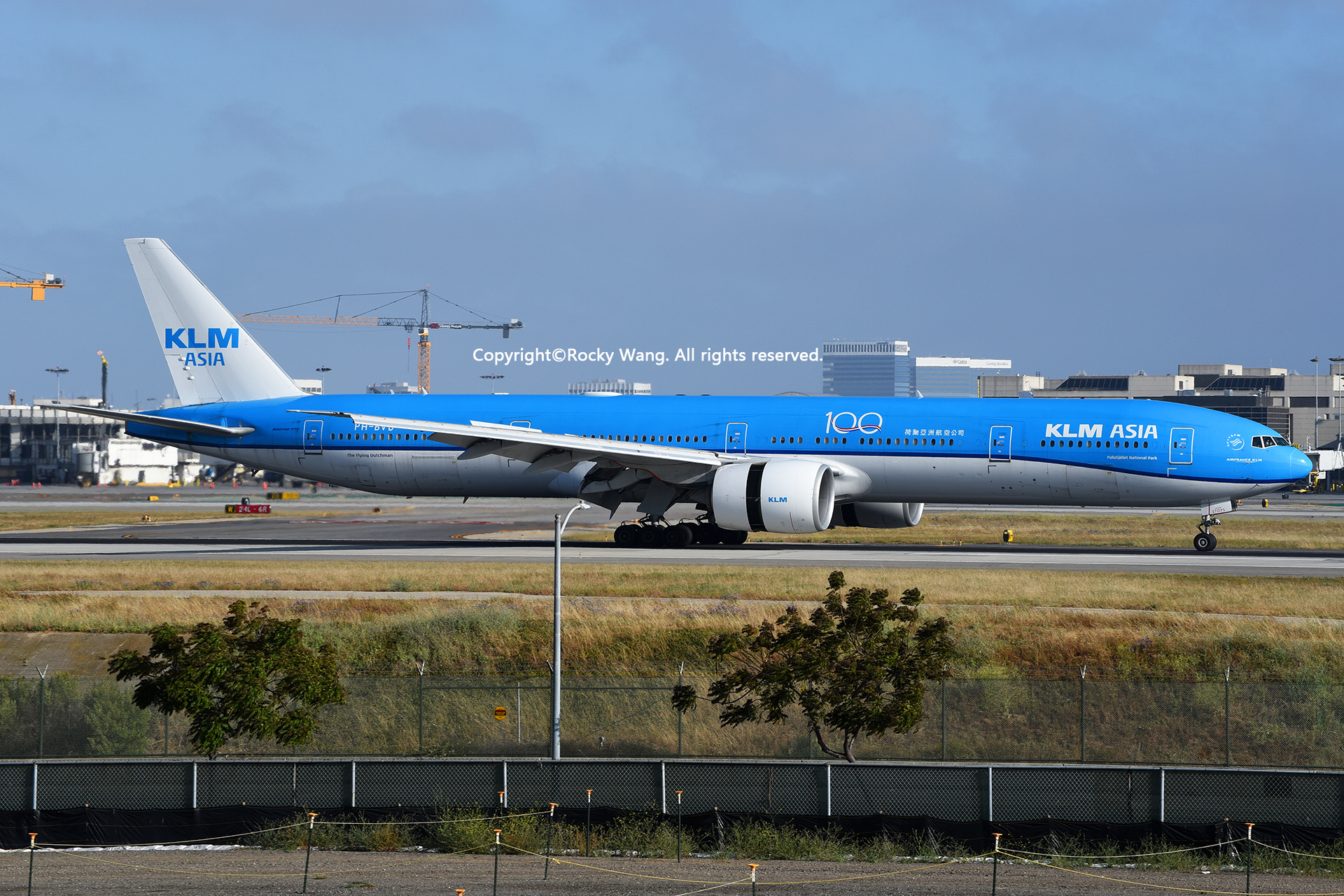 Re:[原创]LAX-暖冬与残夏 BOEING 777-306ER PH-BVB Los Angeles Int'l Airport