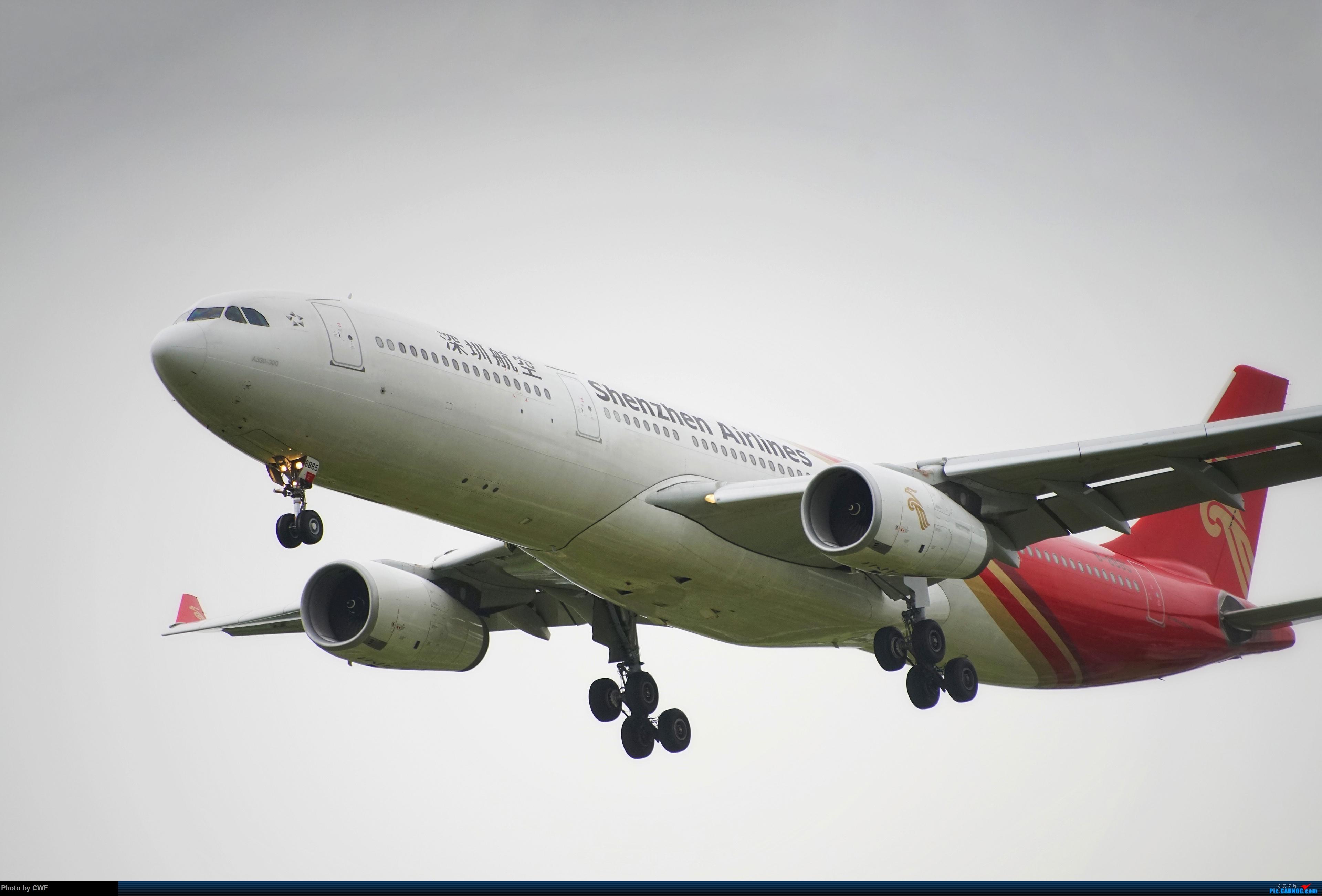 Re:[原创]PEK 拍机 AIRBUS A330-300 B-8865 中国北京首都国际机场
