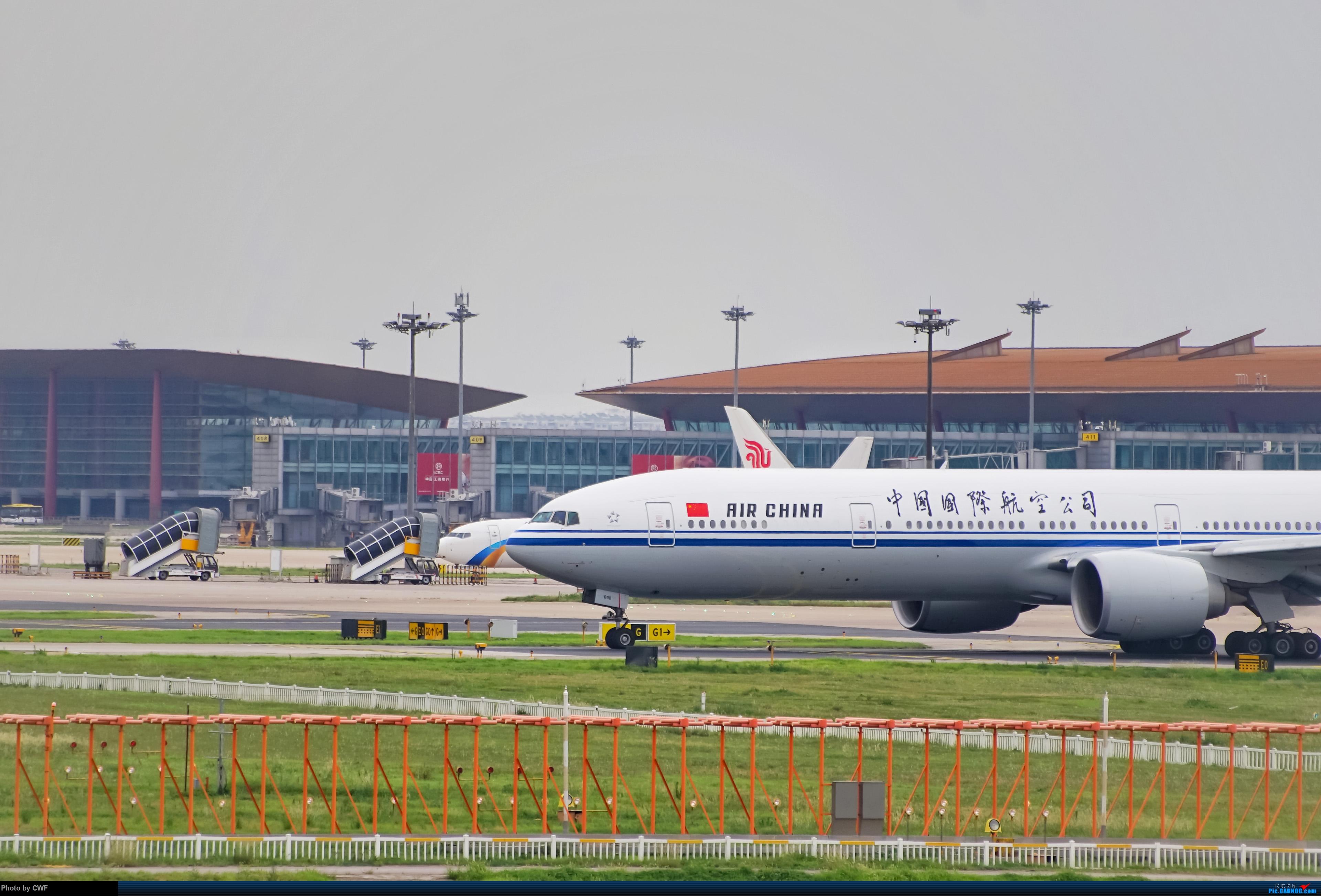 Re:[原创]PEK 拍机 BOEING 777-300ER B-2088 中国北京首都国际机场