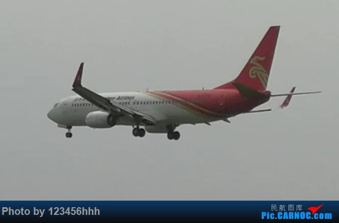 Re:[原创]苏南硕放国际机场拍机(上次小伙伴说图片太小,所以重新弄了一下) BOEING 737-800 B-5776 中国无锡硕放国际机场