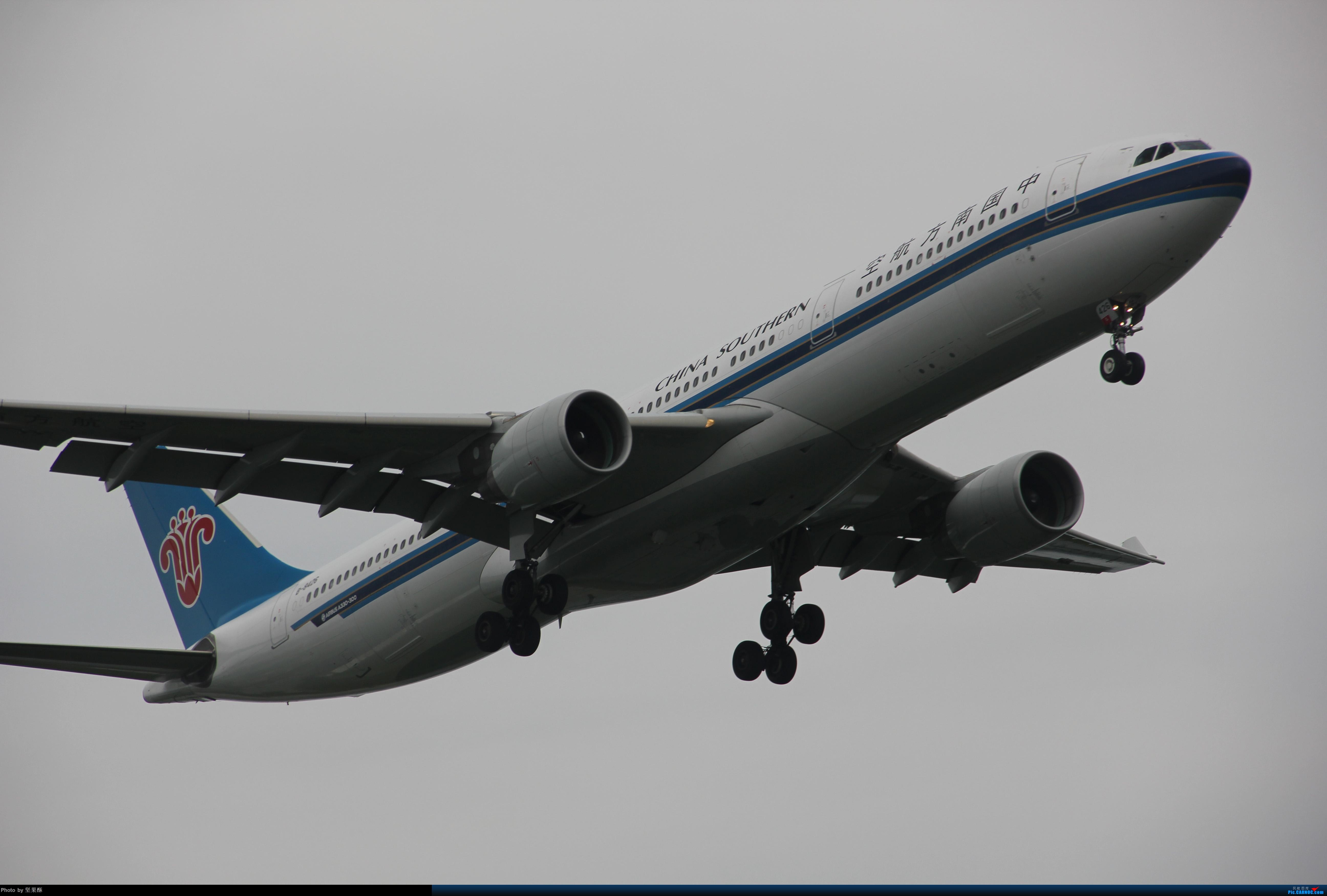 [原创]南航330落地南京 AIRBUS A330-300 B-8426 南京市禄口国际机场