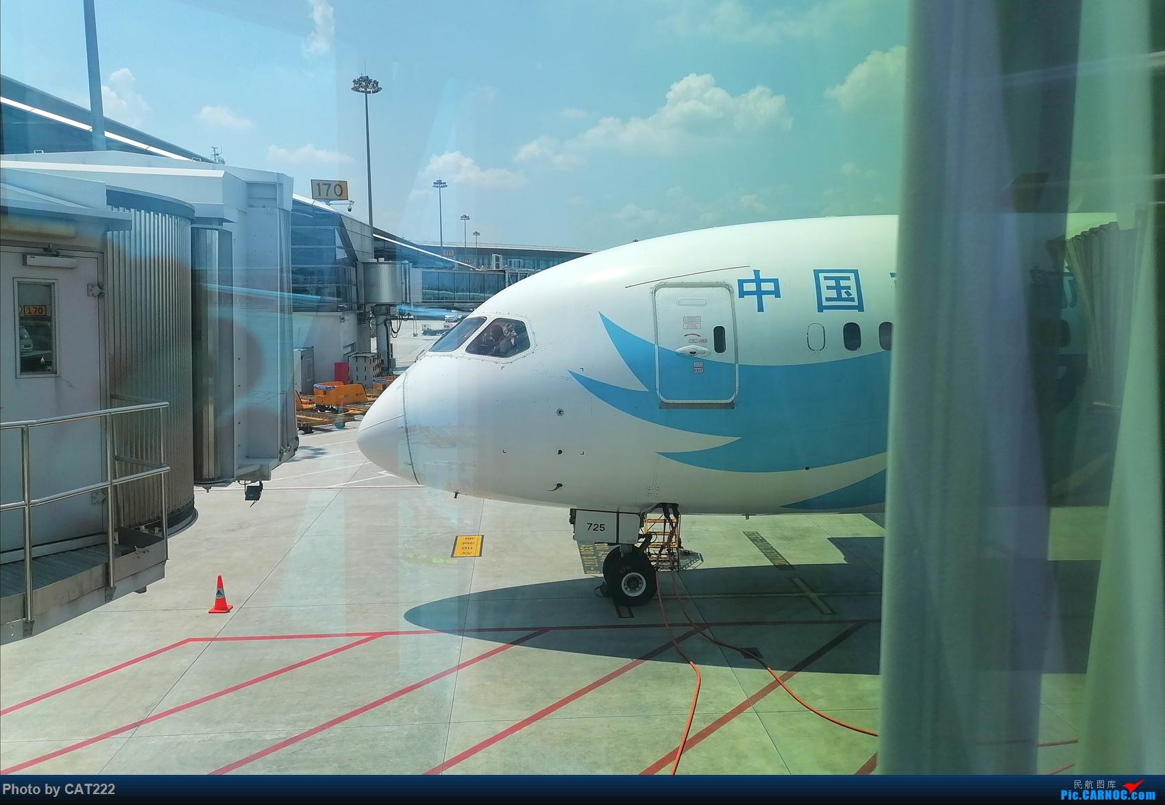 Re:[原创]3天2夜的短暂北京之行,京广线初体验 波音787 B-2725 白云机场