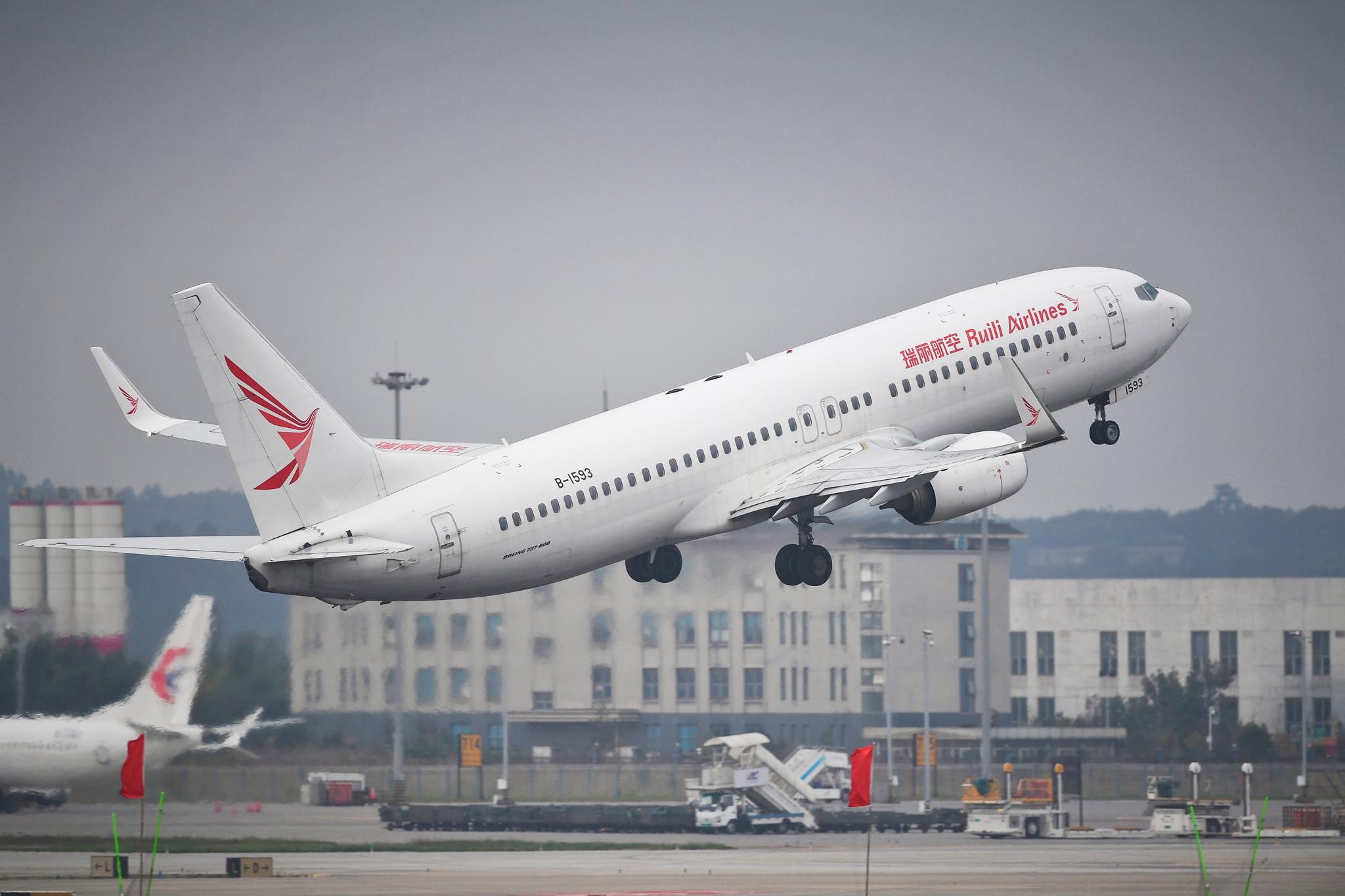 Re:[原创]仁者乐水 长假乐长水 BOEING 737-800 B-1593 中国昆明长水国际机场