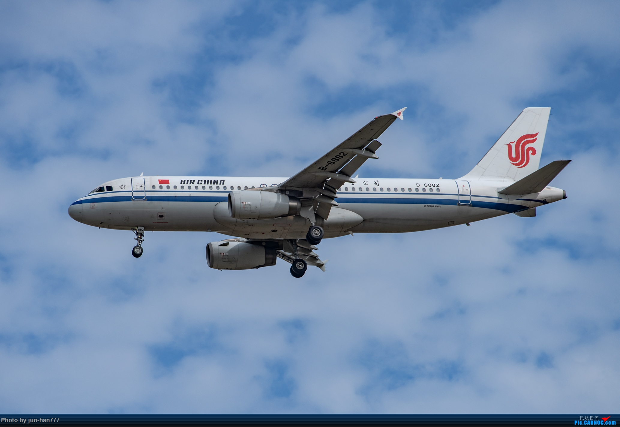 [原创]A和B AIRBUS A320-200 B-6882