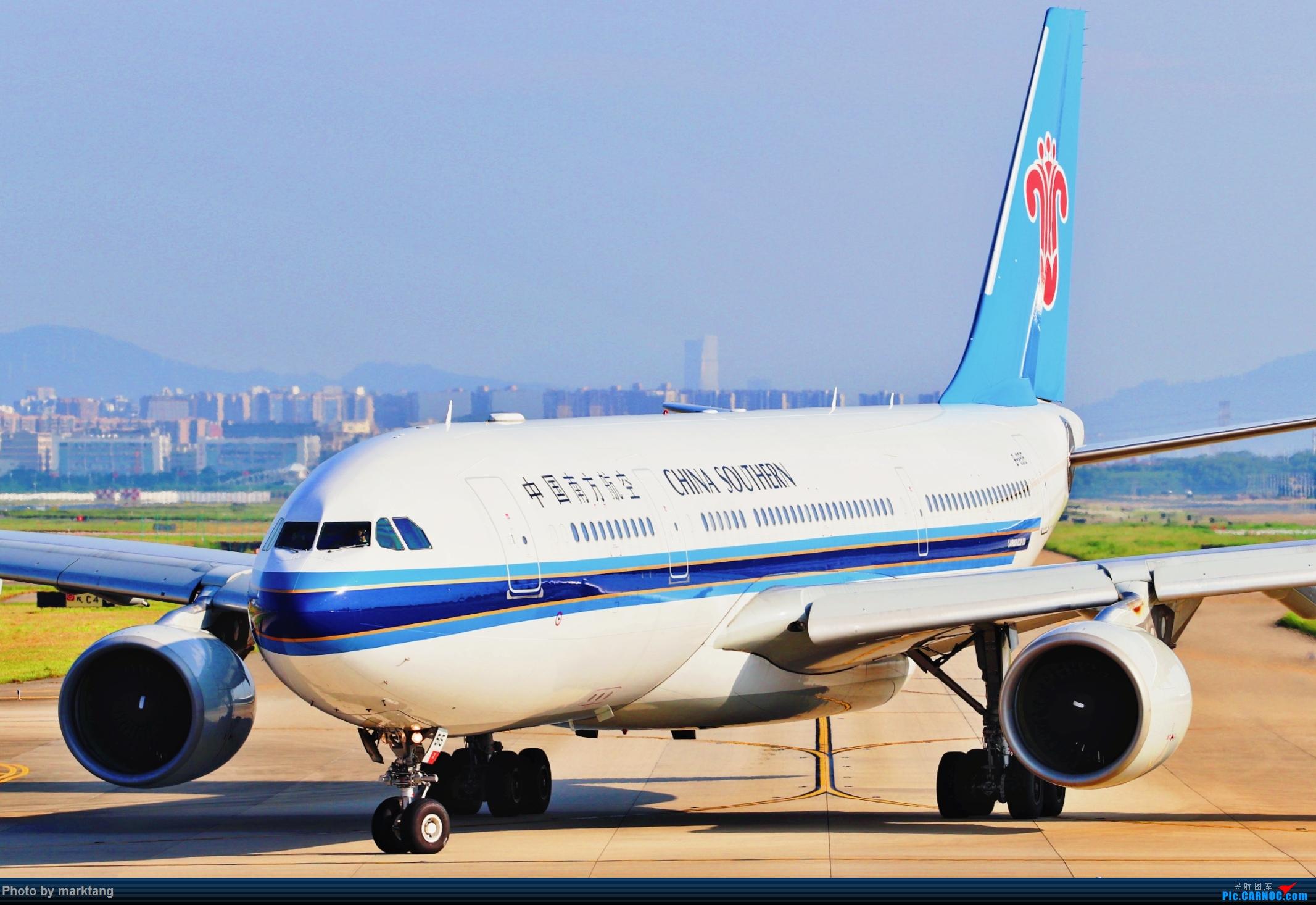 中国南方航空330-200 AIRBUS A330-200 B-6515 中国深圳宝安国际机场