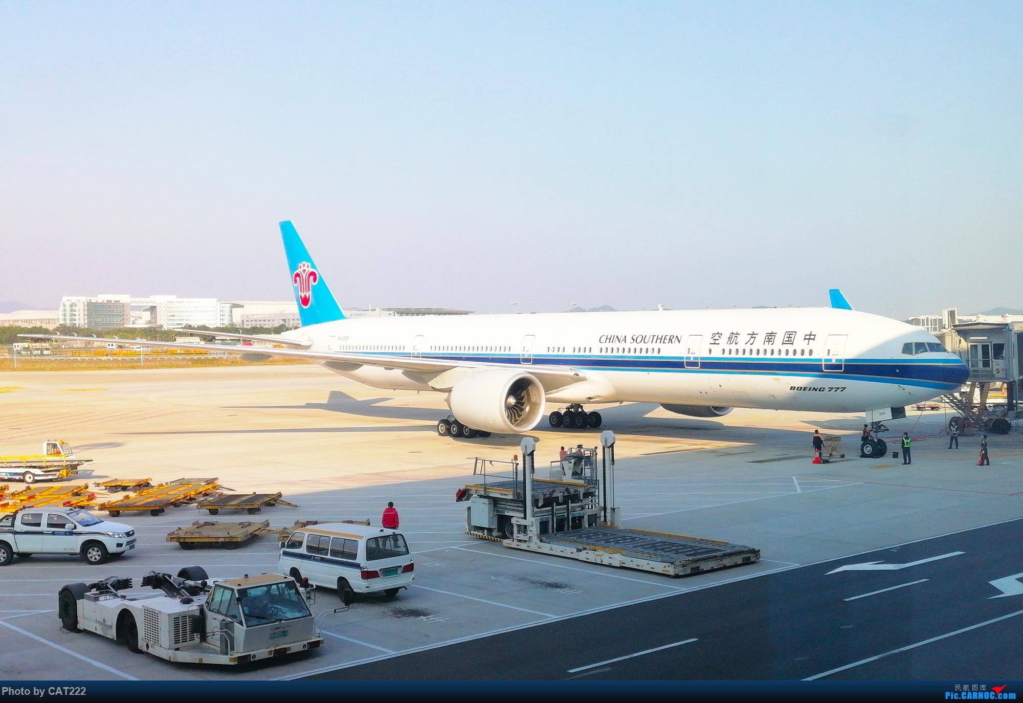 Re:[原创]飞机上看广州(经广州塔) BOEING 777-300 B-2009 广州白云国际机场