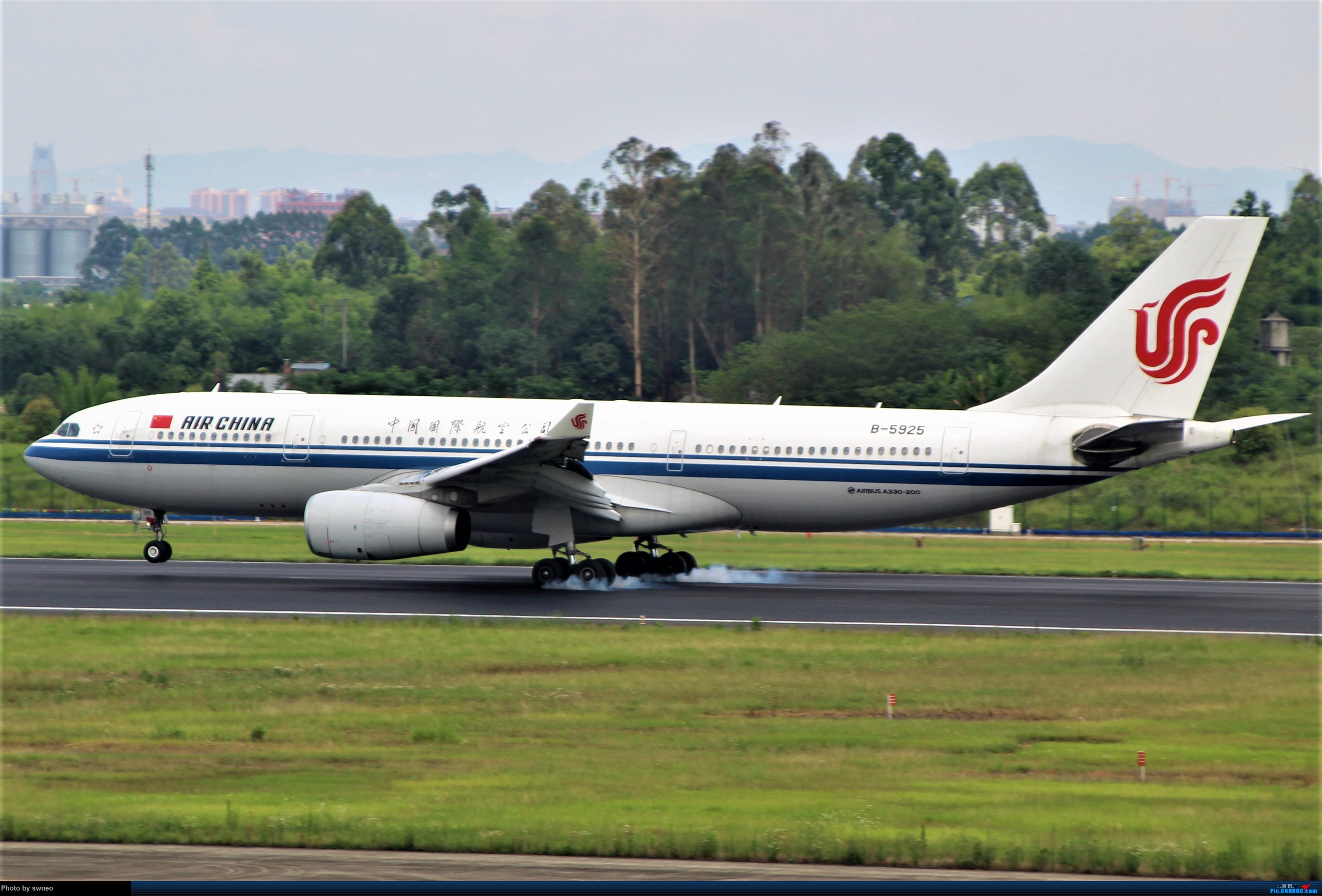 Re:可以发图了,就祝大神们2021诸事顺心,健康平安 AIRBUS A330-200 B-5925 中国成都双流国际机场