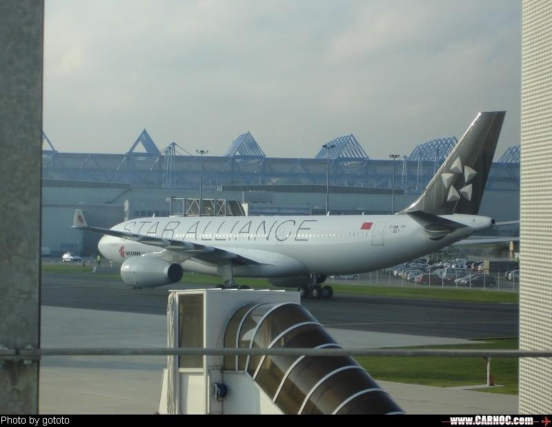 re:新航第一架a380交付现场及国航大星星等 a-380 9v-ska toulouse